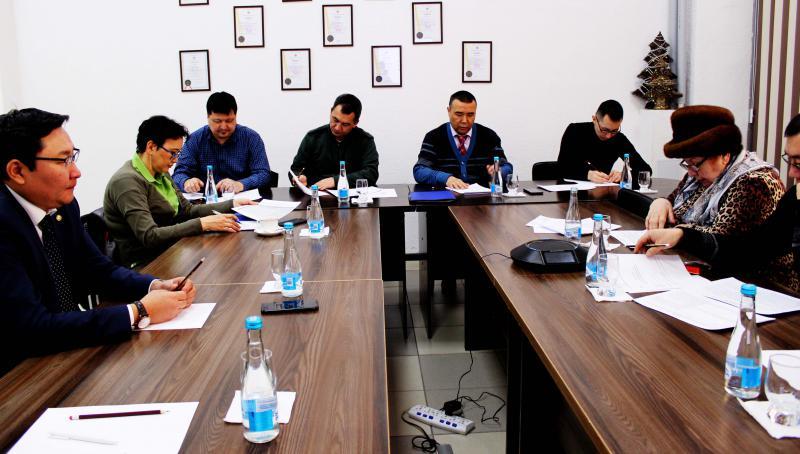 Благодаря совместной работе с Общественным Советом при Государственной регистрационной службе решены ряд вопросов