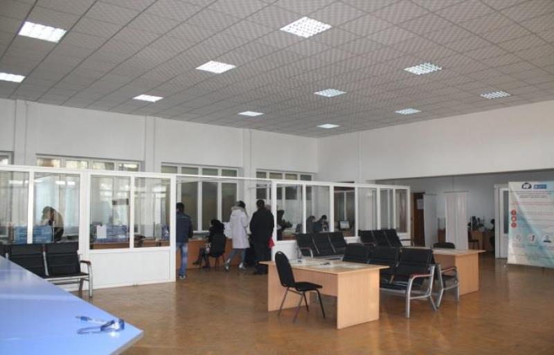 В городе Ош полностью восстановлена и налажена работа ЦОНа, который находится по улице Ленина 318.