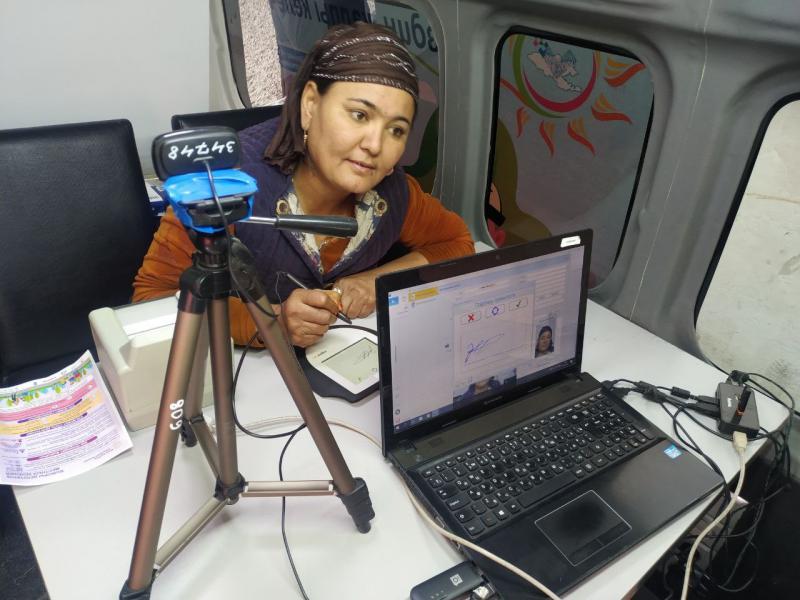 МКК 300 миңден ашык кыргызстандыктардан биометрикалык маалыматтарды топтоону пландап жатат