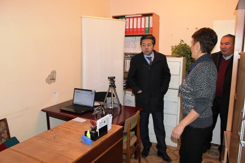 Тайырбек Сарпашев: Региональные подразделения ГРС поэтапно будут объединены в Центры обслуживания населения